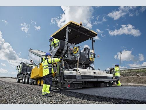 SMT GB (Volvo Construction Equipment GB Dealer)   Hub-4