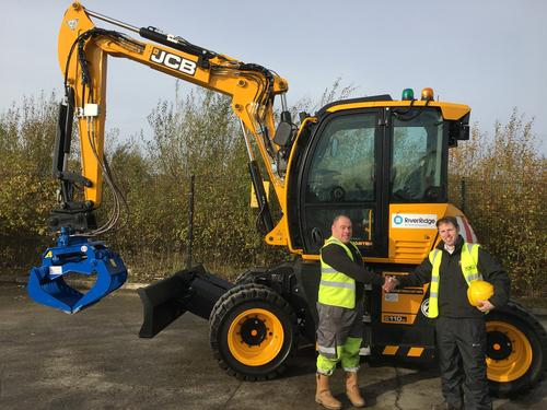 JCB Hydradig is RiverRidge's 'go to' machine | Hub-4